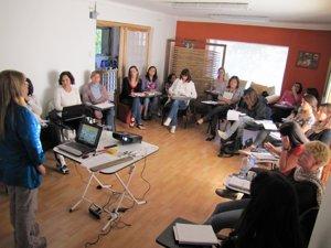 Sesión inaugural del Diplomado Profesional en Feng Shui 2011 - Feng Shui Chile y Sylvia Galleguillos